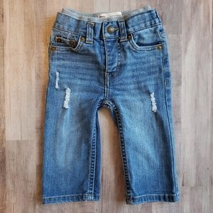 Distressed Levi Jeans